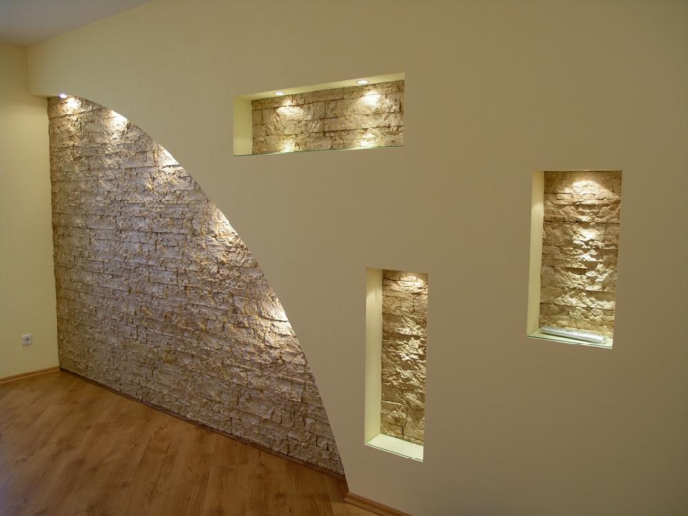 Дизайн стен гипсокартоном с нишами 76