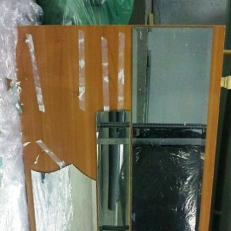 remont shkafov kupe zamena zerkala